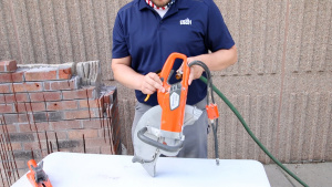 Husqvarna K 4000 Electric Cleaning and Maintenance